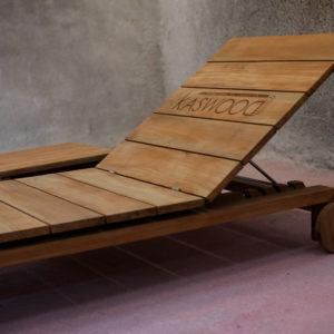 'Ιρις ξύλινη ξαπλώστρα
